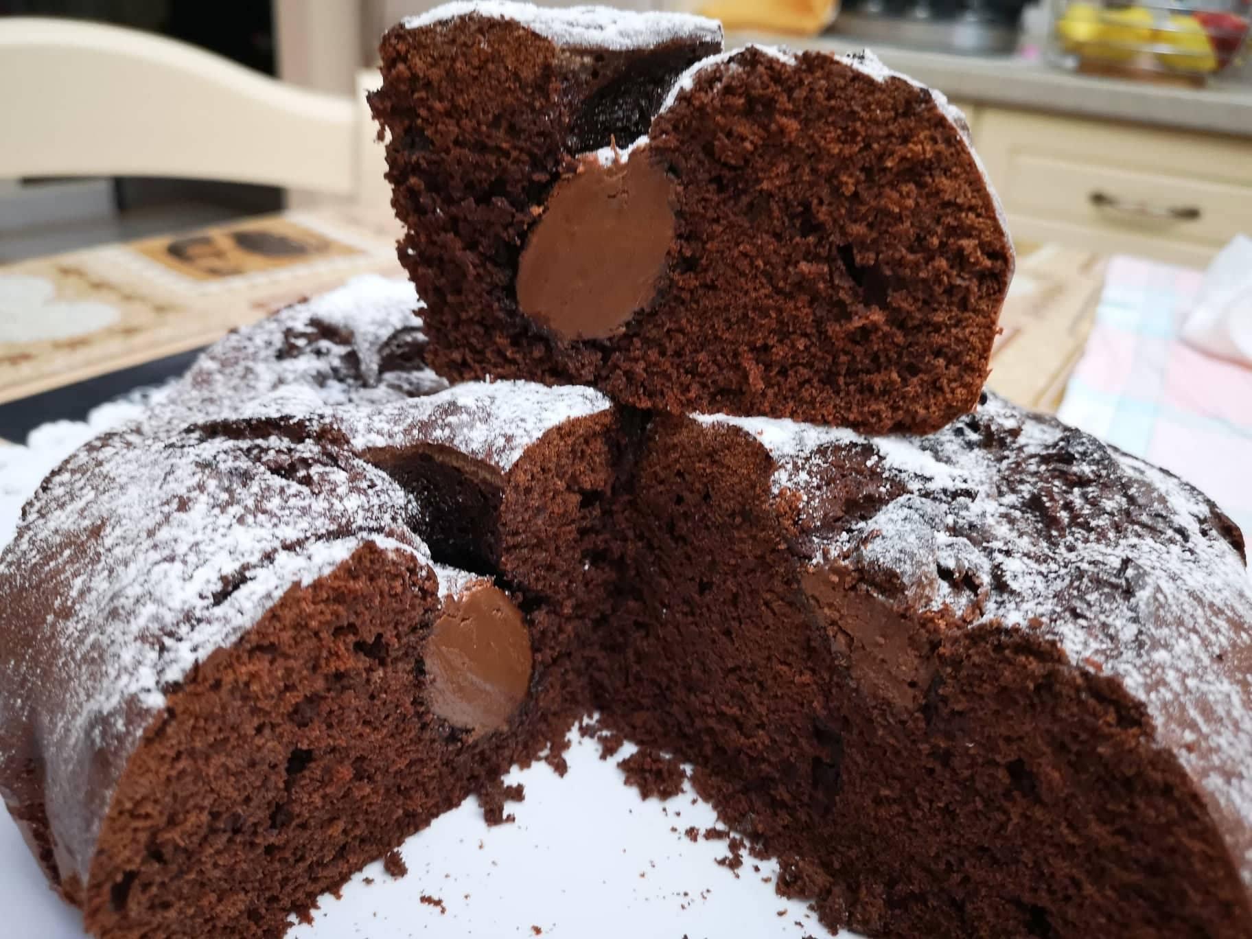 Torta nua al cacao e Nutella
