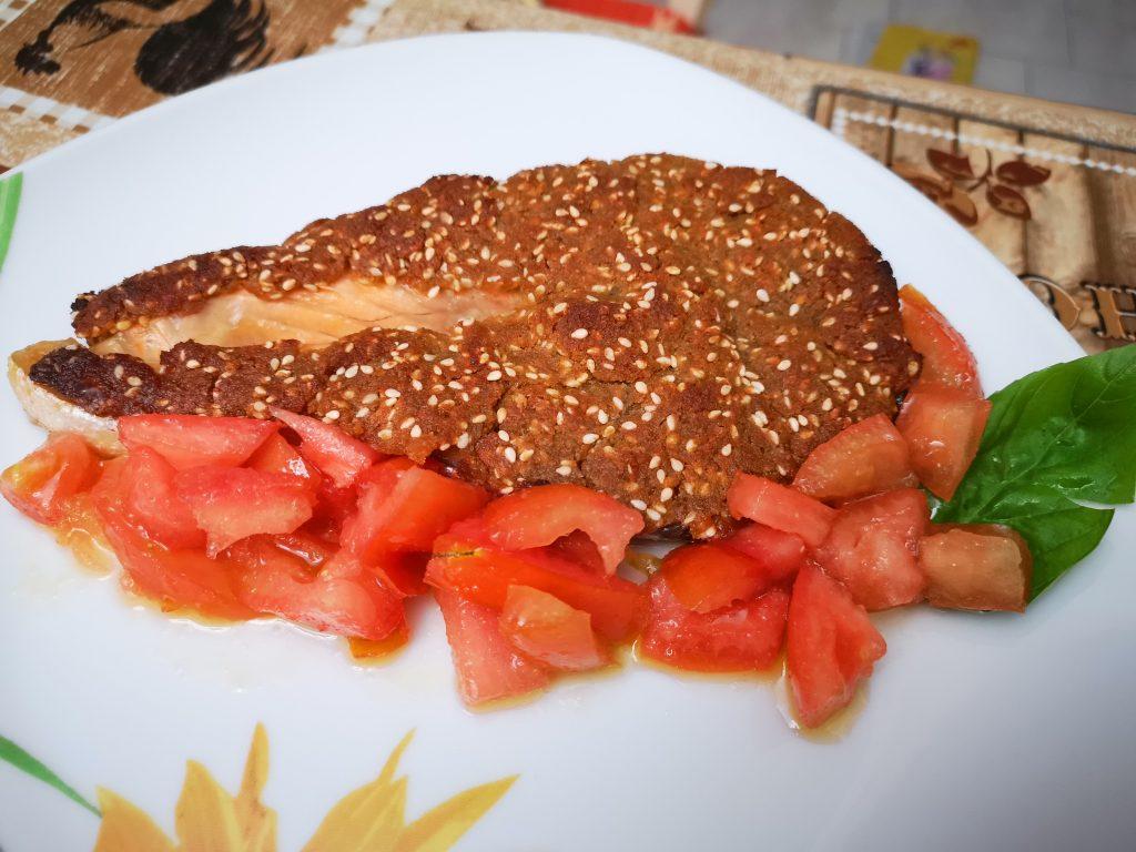 Salmone in crosta di senape e sesamo